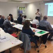 Apcas ofrece un curso para peritos sobre seguridad en híbridos y eléctricos