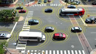 La automoción se prepara para la llegada del coche autónomo con 5G