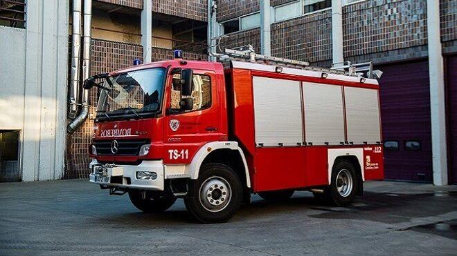 Arde un taller mecánico en la ciudad de León