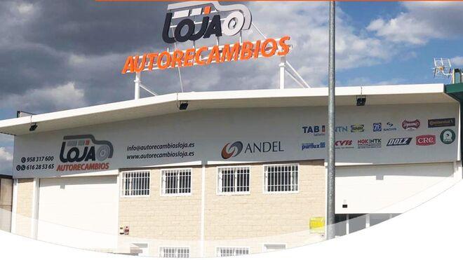 Autorecambios Loja amplía capacidad con el traslado a su nueva sede