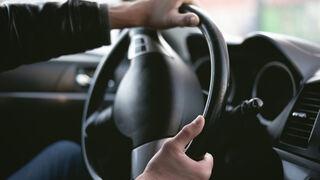 Mimbreo en la dirección: cuando el vehículo vibra