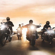 Osram Night Racer y X-Racer,  lámparas para motocicleta  resistentes a vibraciones