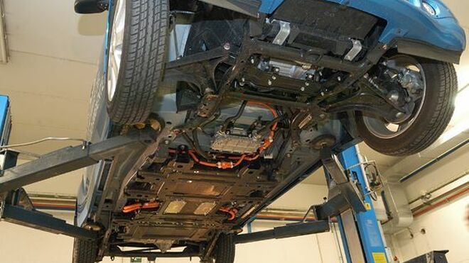 Centro Zaragoza ofrece un curso sobre la manipulación de vehículos eléctricos