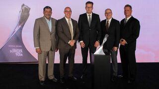 Hella recibe el premio Proveedor del Año de General Motors