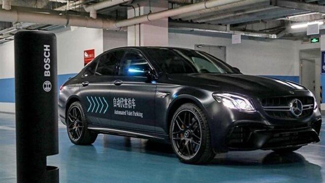 Alemania permite a Daimler y Bosch utilizar su sistema de aparcamiento automatizado