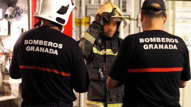 Arde un taller mecánico de Granada