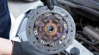 Desgaste de las piezas o una mala reparación son algunas de las causas que pueden provocar un fallo en el embrague