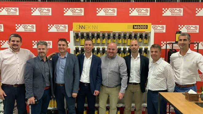 Sinnek se lanza a la conquista de Barcelona de la mano de Car-Avant Catalunya