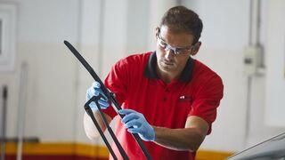 Carglass regala escobillas con la reparación del parabrisas