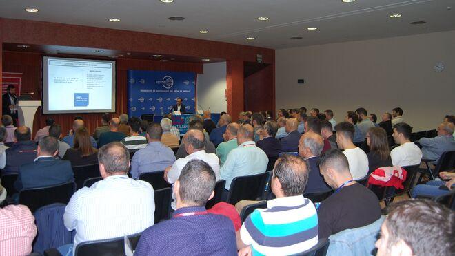La asociación de Sevilla ha denunciado a 352 talleres ilegales desde 2012