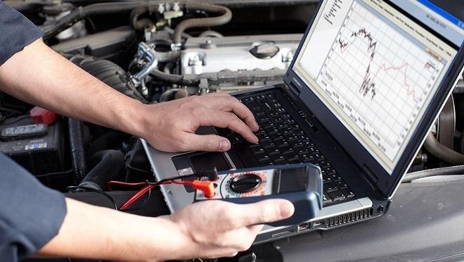 ¿Qué dispositivos puede comprobar un osciloscopio?