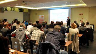 Los talleres del Maresme y la UEAC abordan la reglamentación del sector