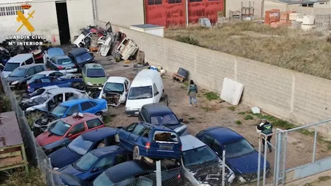 Desmantelado un taller de reparación y venta de vehículos en Épila (Zaragoza)