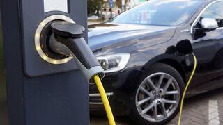 ¿Cómo adaptar tu taller para reparar coches eléctricos?