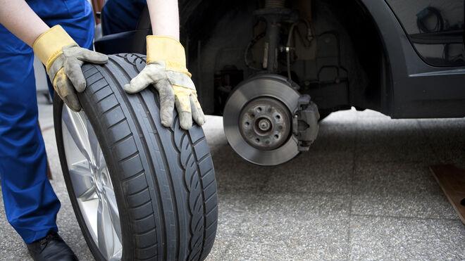 ¿Por qué se cambian más neumáticos de abril a septiembre?