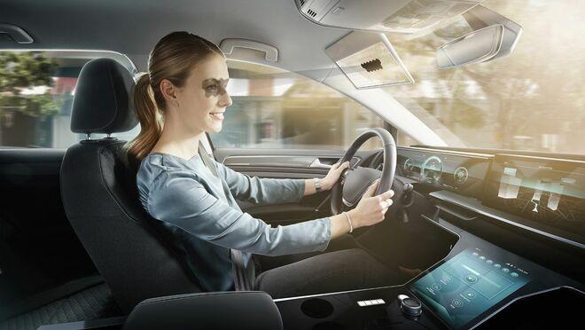 Bosch presenta el Virtual Visor, un parasol con inteligencia artificial que no deslumbra