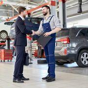 Factores clave para mejorar la atención al cliente en el taller