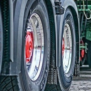 Se endurece la inspección técnica de neumáticos de vehículos pesados