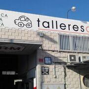Incendio en un taller de chapa y pintura en Elche (Alicante)
