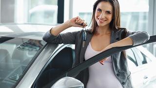 Los españoles destinan 23.500 euros (+3,1%) para comprar un coche nuevo en internet