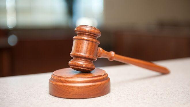 Condenado a seis meses de cárcel el dueño de un taller de Castellón por falsificar equipos piratas