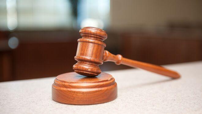 Una jueza establece que no se puede multar por no tener la ITV a un vehículo estacionado