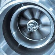 ¿Por qué es importante la lubricación en el turbocompresor?