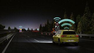 """La tecnología Car2X de Volkswagen, reconocida como """"hito técnico"""" en seguridad vial"""