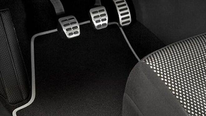 Cómo purgar el sistema de embrague de un vehículo
