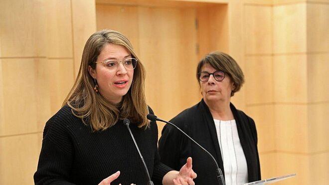 Las patronales catalanas exigen la dimisión de la número 3 de Ada Colau por pedir que no se reactive el automóvil