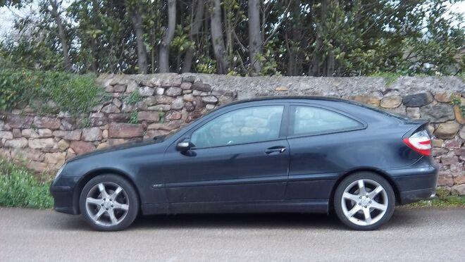 Avería en un Mercedes-Benz Clase C Sportcoupé por falta de potencia del motor