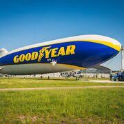 El icónico blimp de Goodyear vuelve a los cielos de Europa