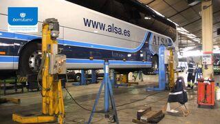 Precauciones en el uso de columnas elevadoras en talleres de vehículo industrial
