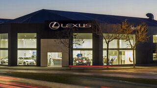 """Lexus Sabadell, uno de los 14 concesionarios """"excelentes"""" de la marca por su atención al cliente"""