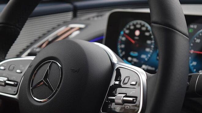 Mercedes llama a revisión en España por problemas en el sistema de airbags