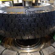 La fábrica de Michelin en Valladolid ha producido diez millones de neumáticos renovados