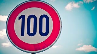 100 días todo parado