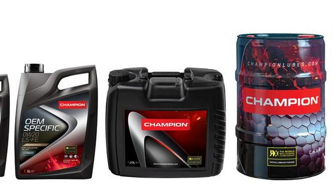 Champion presenta el etiquetado de sus nuevas latas y barriles Champion-World RX