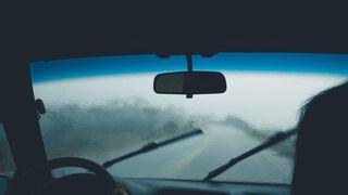 Seat aconseja revisar los limpiaparabrisas para evitar perder hasta el 30% de visibilidad