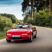 Mazda amplía su catálogo de repuestos en Europa para restaurar los MX-5 clásicos