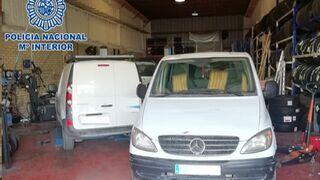 Desmantelado un taller ilegal en Cádiz que estafaba a sus clientes para luego vender los coches