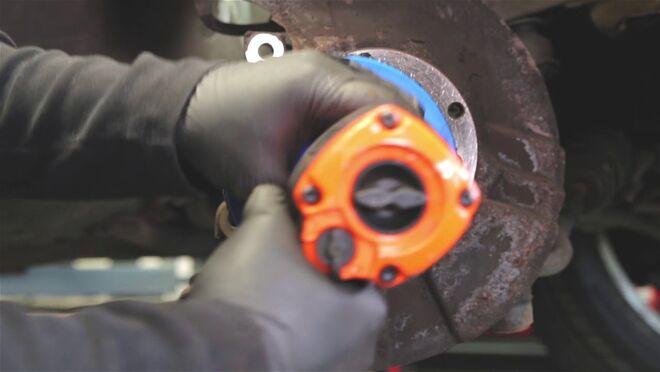 Videoguía de Ferodo: solución al descentramiento lateral del disco de freno