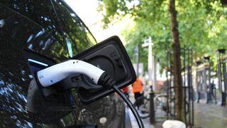 Uno de cada dos españoles cree que su próximo coche será eléctrico