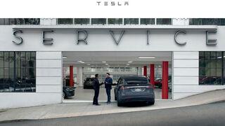 Tesla inaugura un concesionario al sur de Madrid y ultima la de otro en Valencia