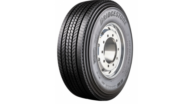 RW-Steer 001, el neumático de invierno y todo tiempo de Bridgestone para vehículos pesados