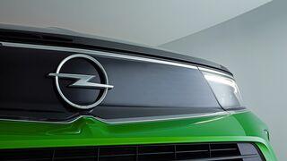 OCU denuncia a Opel por falta de información sobre su sistema On Star