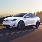 Tesla llama a revisión a más de 9.000 Model X por la pérdida de piezas de su carrocería