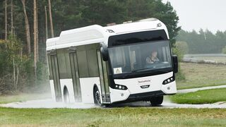 Continental avanza en las pruebas de prototipos de neumáticos para autobuses eléctricos