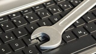 Industria ofrece ayudas a las pymes para implantar planes de ciberseguridad