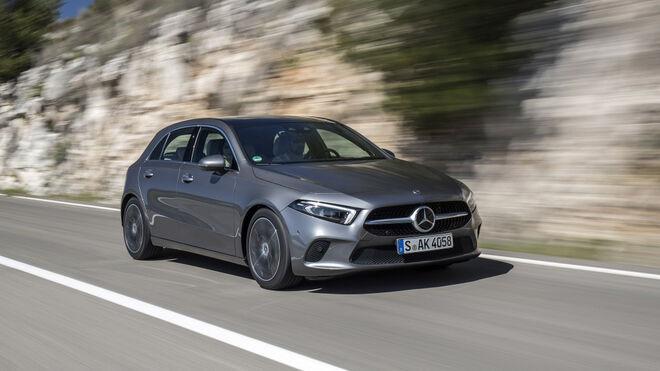 Mercedes llama a revisión a 25.000 Clase A por riesgo de incendio en la caja de cambios